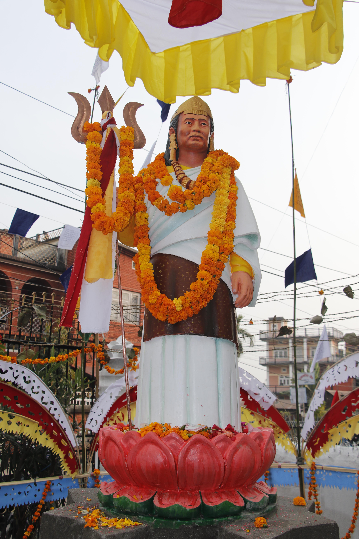 धरानमा किरात धर्मगुरु गुरुआमाज्यूहरुबाट महागुरुको प्रतिमा अनावरण(फोटो फिचर सहित)