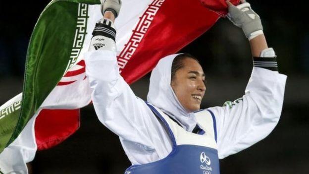 ईरानकी ओलम्पिक पदक विजेताको देश छोड्ने घोषणा