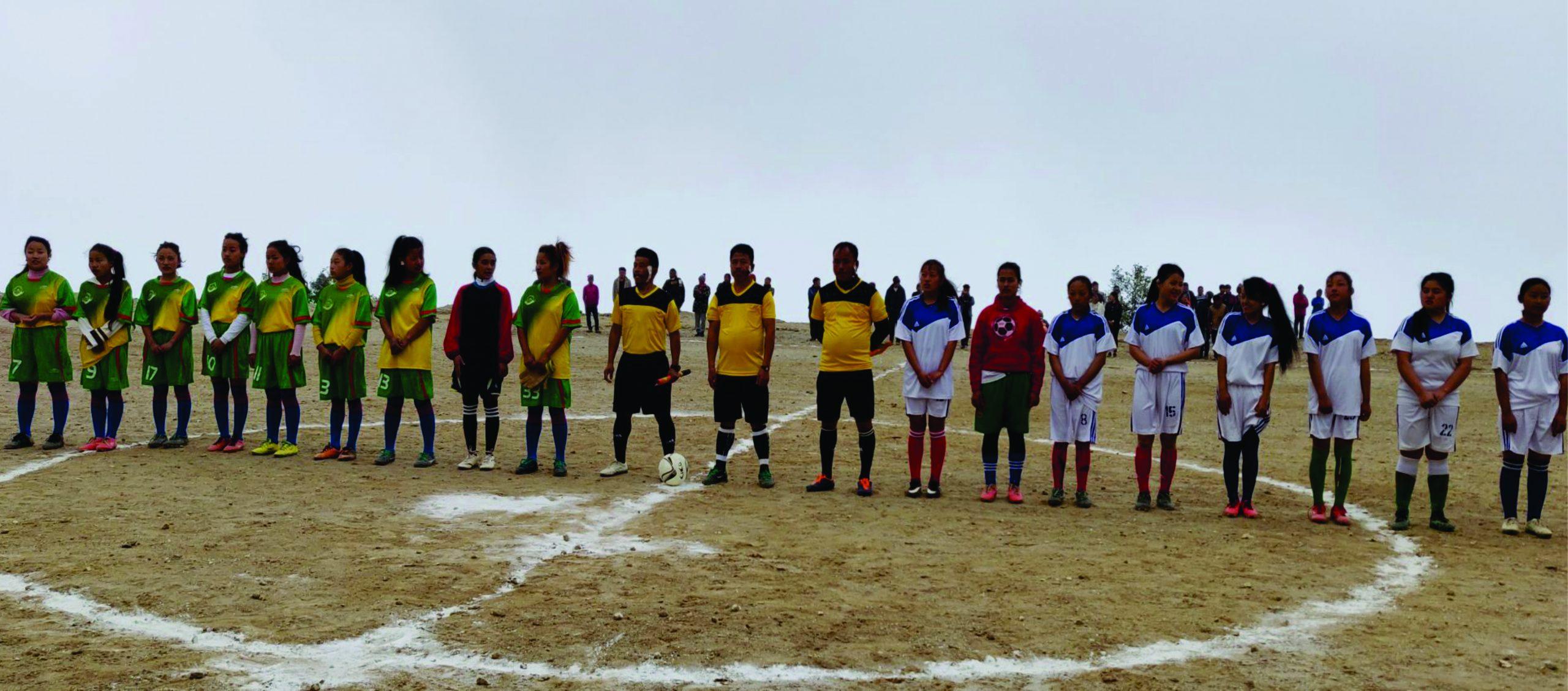 इलामको माङसेबुङमा अन्तर वडास्तरीय महिला फुटबल र पुरुष भलिबल सुरु