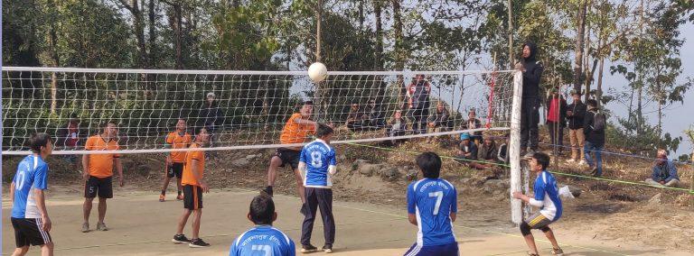 माङसेबुङमा जारी पुरूष भलिबल फाइनल खेलमा वडा नं. २ र ६ भिड्दै