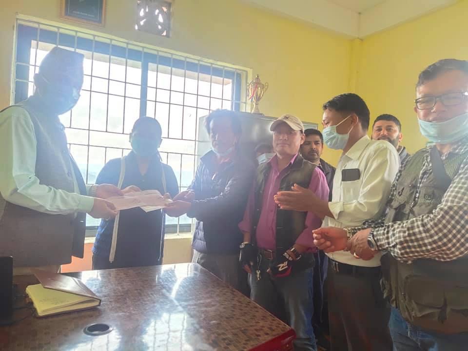 माङसेबुङ सहकारीद्धारा माङसेबुङ गाउँपालिका बिपत कोषमा ५० हजार राहत सहयोग