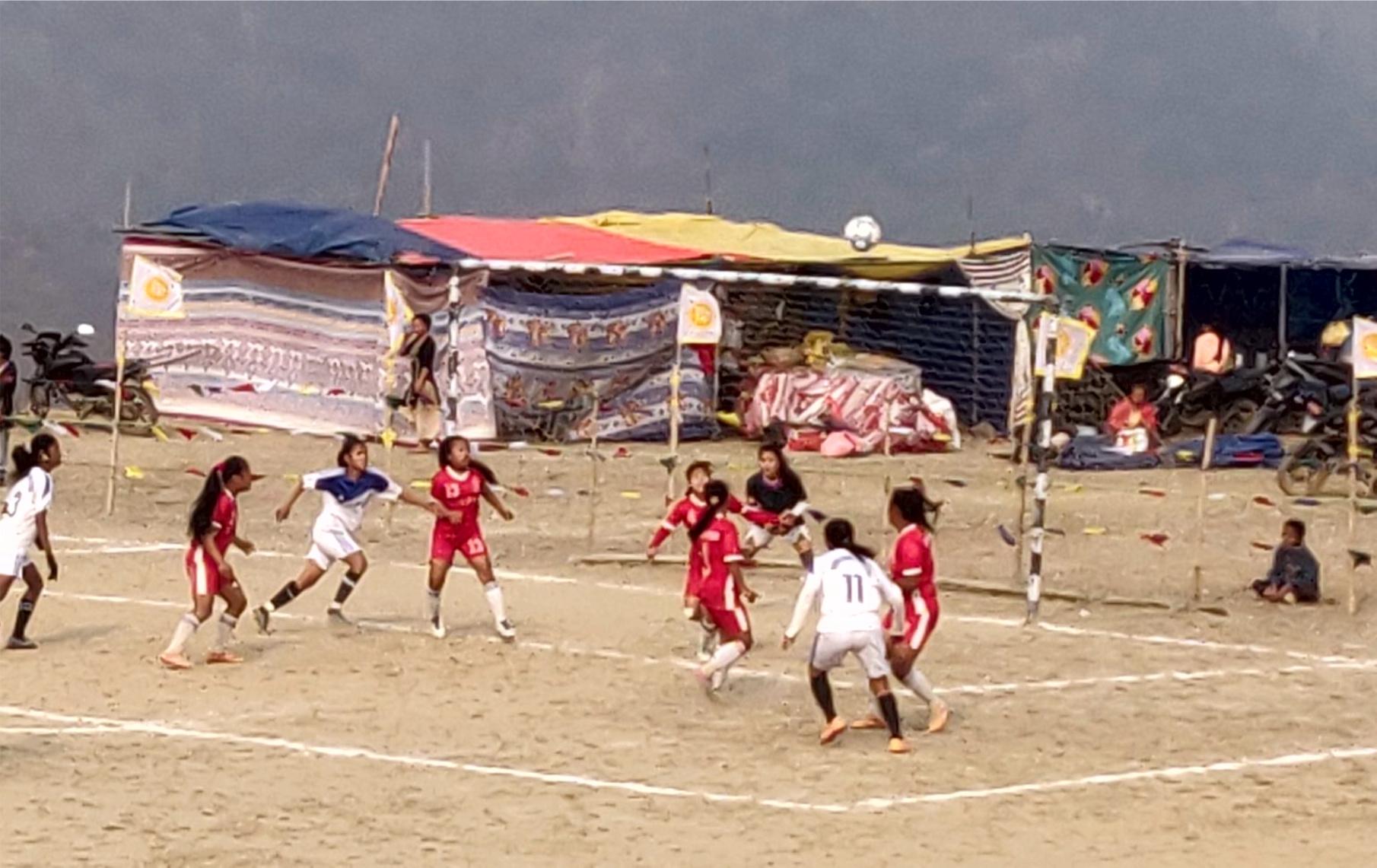 पवित्रहाङमा कप : माङसेबुङ र दमक उपाधी नजिक