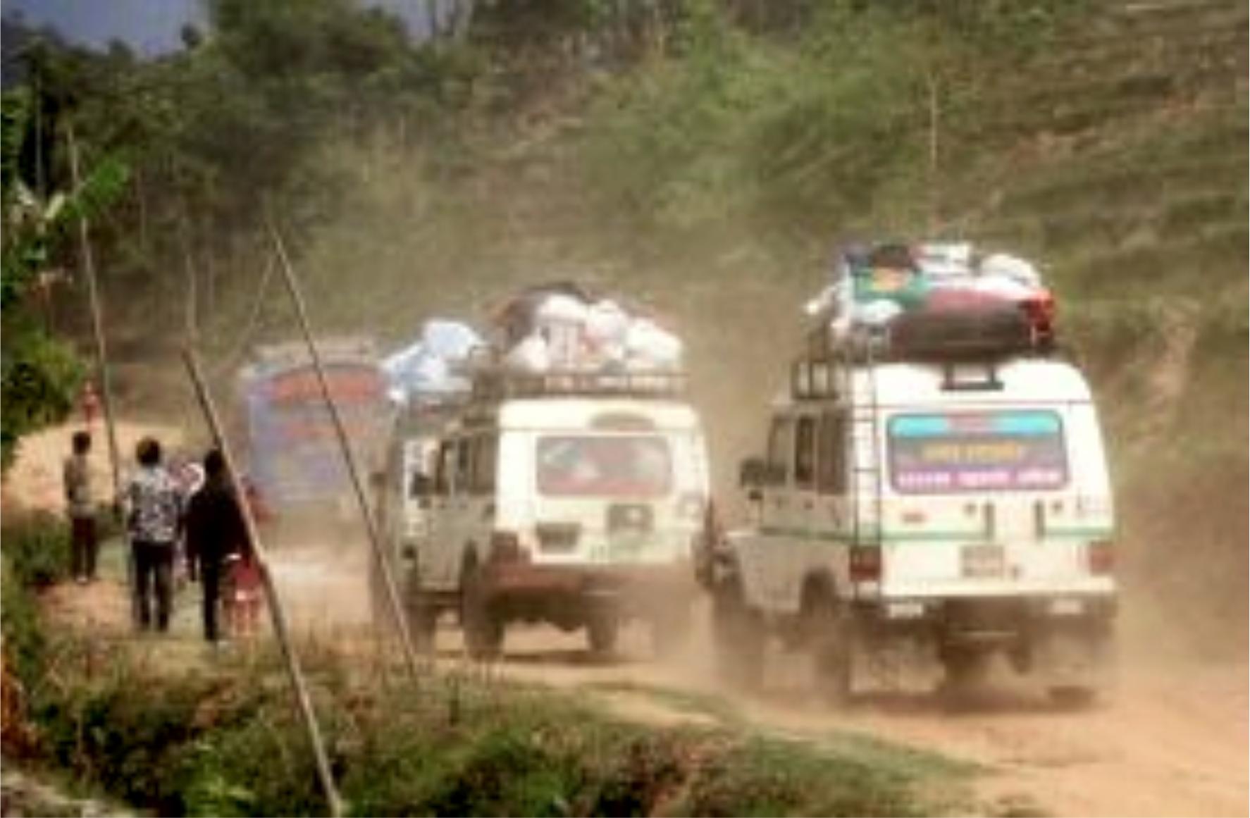 पहिरोका कारण अबरुद्ध रहेको मेची राजमार्ग खुल्यो